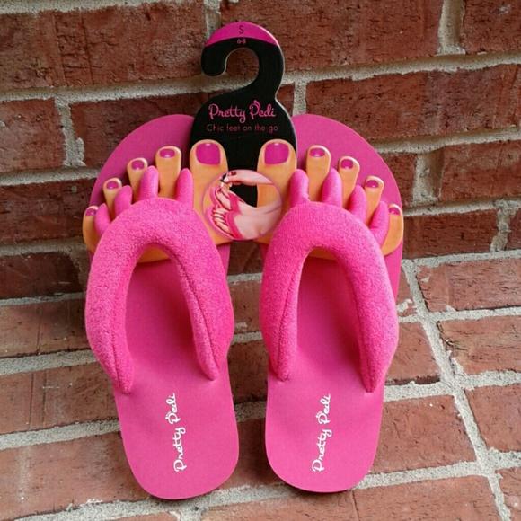 b82a016189a0 Pretty Pedi Pink Terrycloth Pedicure Flip Flops. M 5b50dd43c9bf505dbb8be850